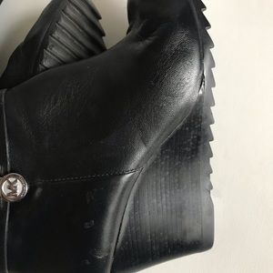 Michael Kors long Black Boots with Side Zipper